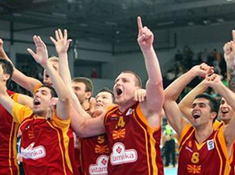 58:72 למקדוניה על יוון, ניצחון קל לרוסיה