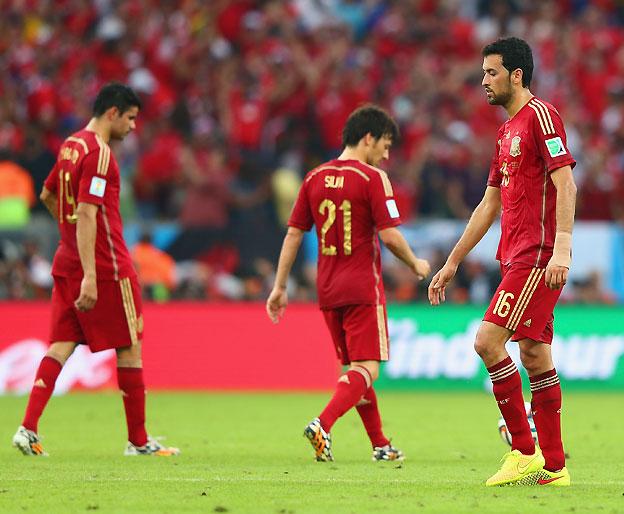 הם מפנים את הבמה. איזו סנסציה: ספרד בחוץ! (gettyimages)