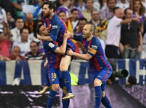 ברצלונה שוב במאבק האליפות עם 2:3 על ריאל
