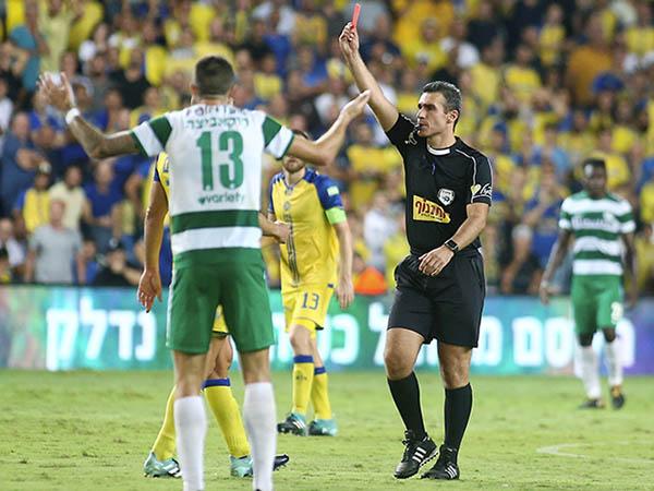 """צהוב, ירוק, אדום: 0:0 בין מכבי ת""""א לחיפה"""