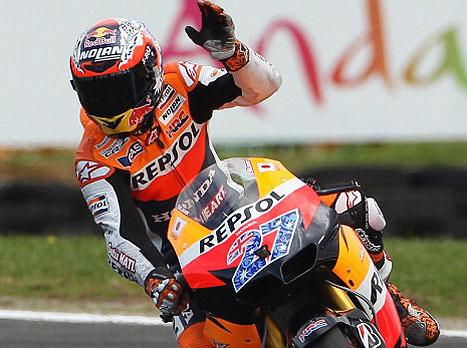 מוטו GP: סטונר יזנק ראשון באוסטרליה