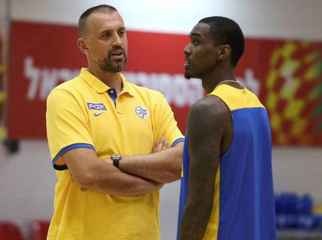 """""""לא מתערב למאמן. השחקנים רצו שאתקרב"""""""