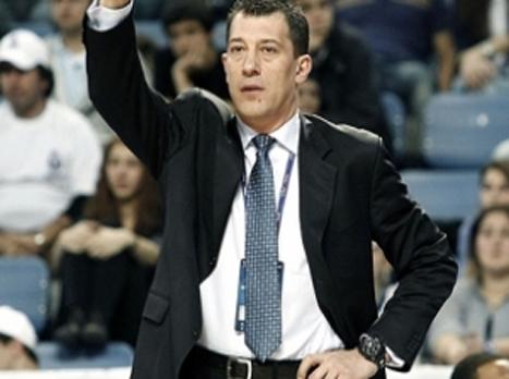 אופוק סאריצ'ה, מאמן פילזן. חושבים צהוב
