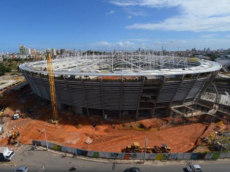 אצטדיון פונטה נובה במהלך בנייתו. שכחו חלקים? (GETTYIMAGES)