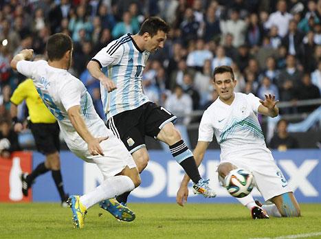 ונעבור לדבר האמיתי. מסי כובש מול סלובניה (fifa.com)