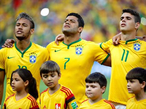 סגל ברזיל לקופה: רוביניו זומן, אוסקר לא