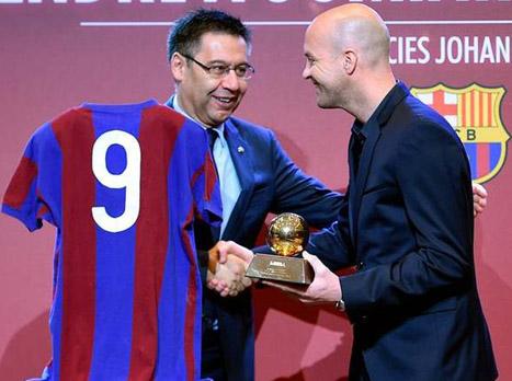 דיווח: קרויף וברתומאו נפגשו בברצלונה