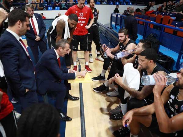 רבע אחרון לא טוב של הירושלמים (FIBA)