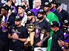 הצגה בדרך לתואר: הלייקרס זכו באליפות ה-NBA