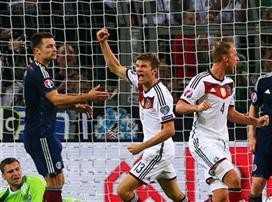 אין הנחות: צמד למולר, 1:2 לגרמניה