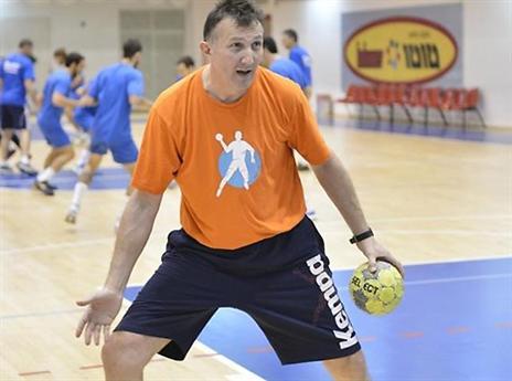 אלכסנדרו בוליגאן. מצטרף לכחול-לבן (עמית שיסל, איגוד הכדוריד)