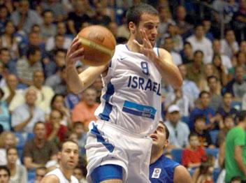 ה-MVP של הטורניר ב-2004. הלפרין