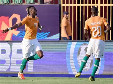 צפו: חוף השנהב גברה 0:1 על דרום אפריקה