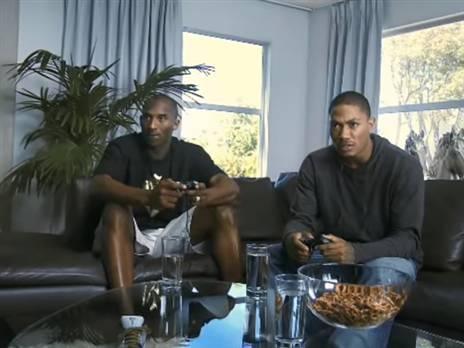 פרסומת ל-NBA 2K10, יחד עם דריק רוז