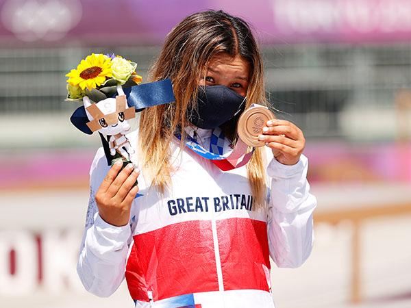 סקיי בראון - בת ה-13 ימים זכתה במדליית ארד בסקייטבורד (gettyimages)