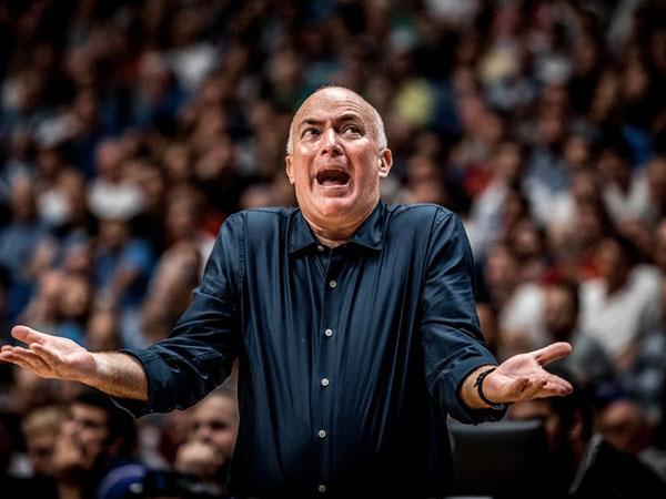 הפנים שחייב לשנות את הדרך. אדלשטיין (FIBA)