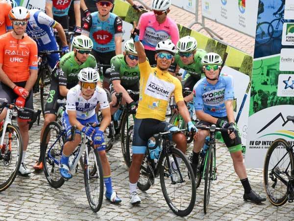 יופי של הישג של קבוצת הרוכבים הישראלית (צילום: פוטו ג'ף)