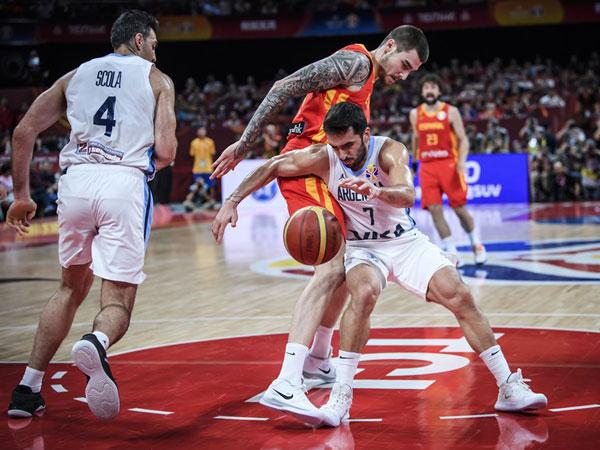 קמפאסו, לא יכול היה לבד (FIBA)