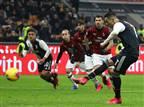 ממשלת איטליה שוקלת לעצור את הליגה לחודש