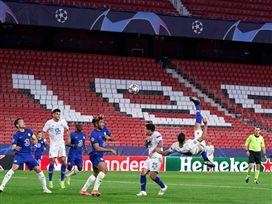 למרות שהפסידה: פ.ס.ז' הדיחה את באיירן מינכן