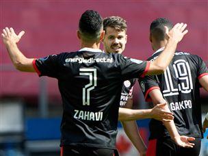 פ.ס.וו וזהבי סיימו במקום ה-2 בליגה ההולנדית