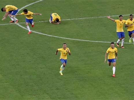 שחקני ברזיל בטירוף (Getty)