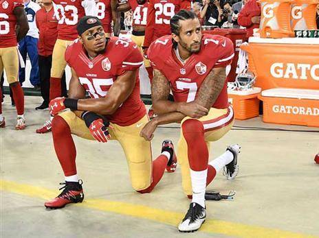 ה-NFL: כריעת ברך בהמנון תוביל לקנס
