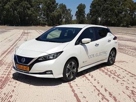 ניסאן ליף החדשה. המכונית החשמלית הנמכרת בעולם (צילום: בועז קורפל)