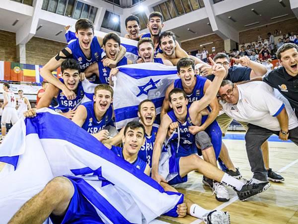 עשו היסטוריה. נבחרת הנוער בגמר אליפות אירופה (באדיבות איגוד הכדורסל)