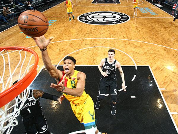 הבאקס בדרך למקום הראשון בליגה (צילום: Nathaniel S. Butler/NBAE via Getty Images)