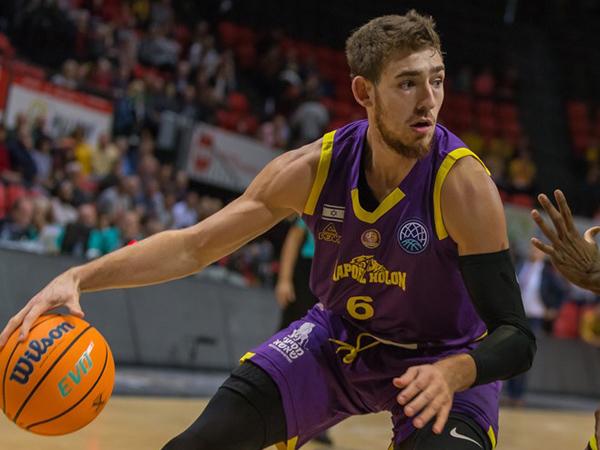 תבוסה כואבת בבלגיה. קליין (אתר FIBA)