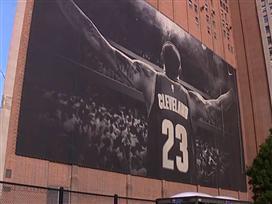 אנטטוקומפו זכה בדאנק השנה ב-NBA