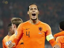 הולנד חגגה עם 0:4 גדול על בלארוס