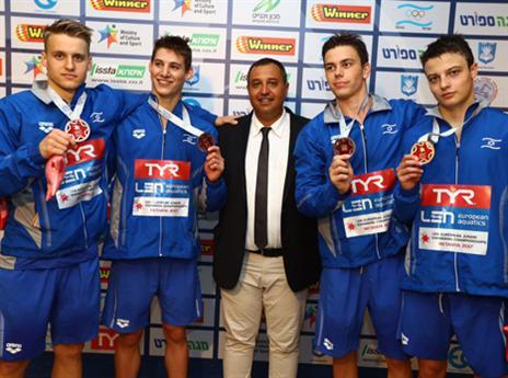 נבחרת הנוער. הישג נפלא (צילום: גלעד קוולרצ'יק, באדיבות איגוד השחייה)
