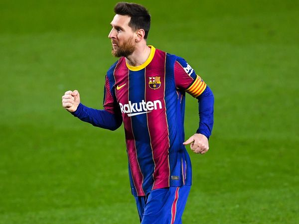 """""""Messi will extend contract in Barcelona in early April"""""""