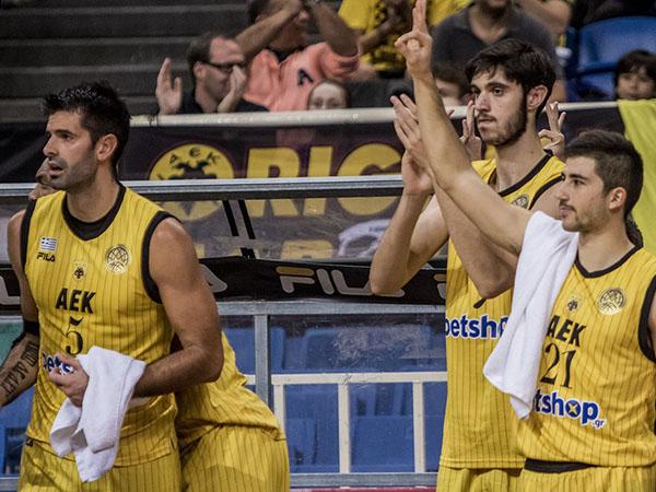 הובילו בבטחה במחצית הראשונה (FIBA)