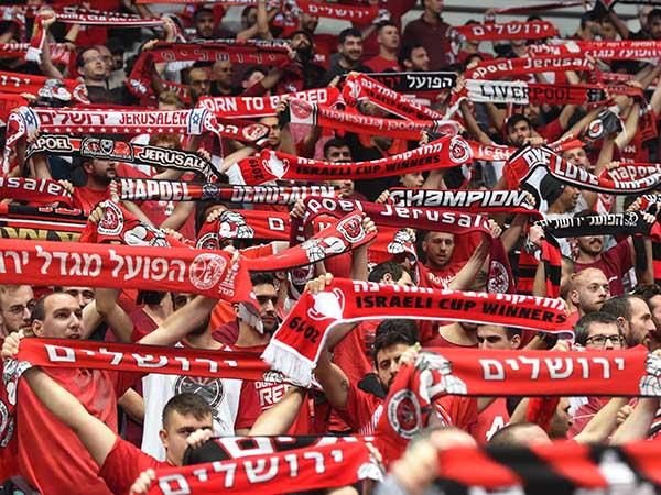 4,173 צופים הגיעו הערב לארנה (צילום: ברני ארדוב)