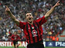 שבצ'נקו חוגג 44: הקריירה של החלוץ באלופות