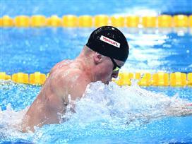 יום משוגע בבריכה: שלושה שיאי עולם