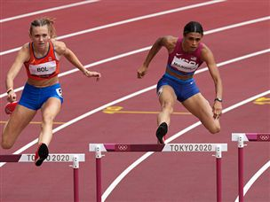 שווה זהב: שיא עולם למקלפלין ב-400 משוכות