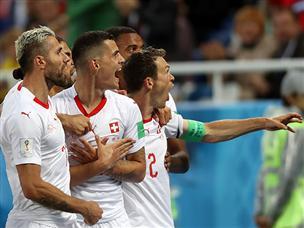בדקה ה-90: שווייץ השיגה 1:2 דרמטי מול סרביה