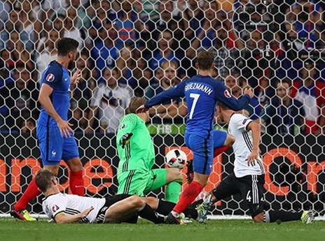גיבור האומה הוסיף עוד כיבוש בדקה ה-72 והעלה את מאזנו בטורניר ל-6 שערים