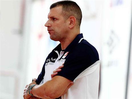 אליפות ראשונה כמאמן. מימון (אלן שיבר)