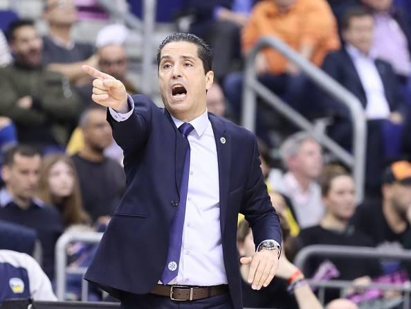 המאמן היווני מבהיר את דרכו (getty)
