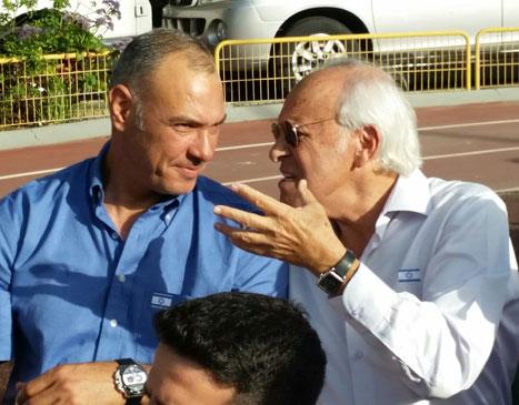 מוטל'ה שפיגלר ושמעון אמסלם היו בין הנוכחים