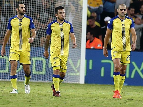 """מכבי ת""""א הגיבה לפציעות בכדורגל הגנתי (אלן שיבר)"""