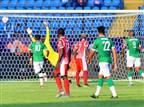 כדור חופשי מושלם של מדגסקר בניצחון בכורה היסטורי