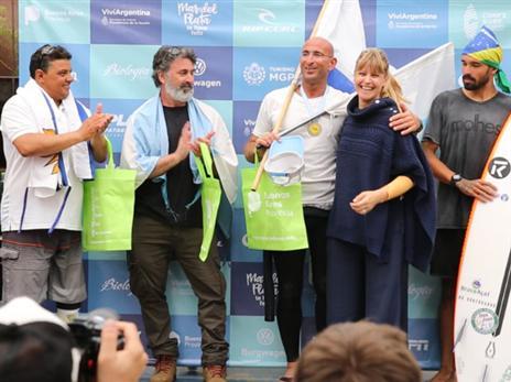 עדי קלנג סיים שני באליפות העולם בגלישה