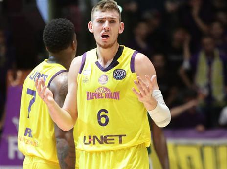 קליין. הדחה כואבת (FIBA)