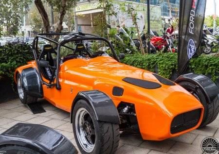 צפו: מכונית מירוץ חדשה בישראל!